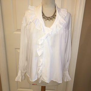 Lovely white ruffles poet's blouse, S